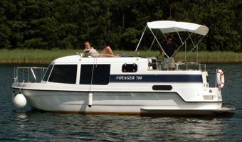 Yachtcharter Mirow - Voyager 780 bootsführerscheinfrei