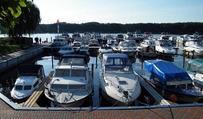 Yacht Charter Mirow - Boote günstig chartern